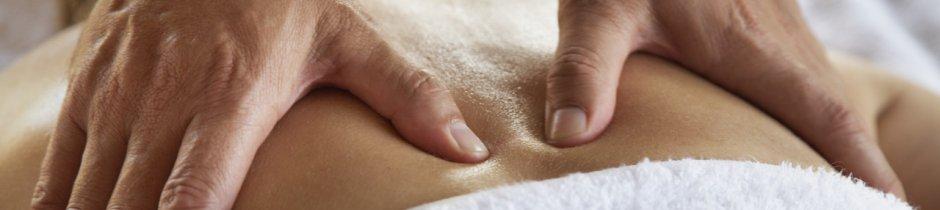 Massage durch einen Physiotherapeuten in der Praxis für Physiotherapie Dettmar Bischoff
